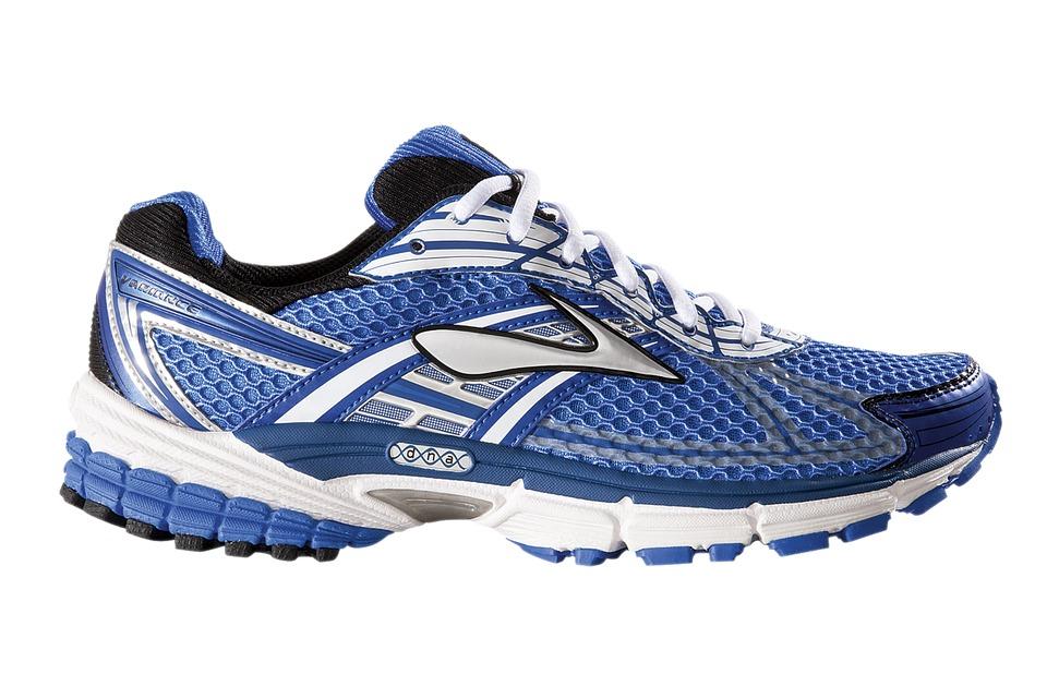 running-shoe-371625_960_720-2